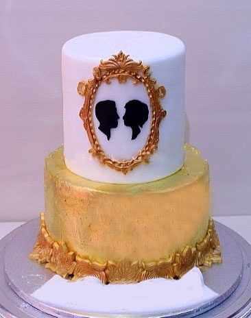 birthday cake photo frames online free ; Gold-and-white-cake-with-couple-in-frame
