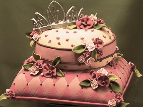 birthday cake with picture on top ; crown-cake-636%252Bcopy