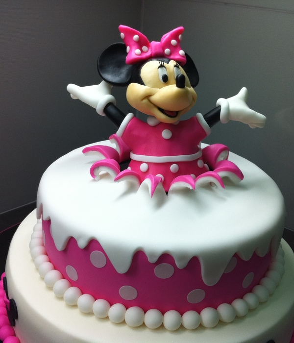 birthday cake with picture on top ; minnie-mouse-birthday-cake-top-25-minnie-mouse-birthday-cakes-cakecentral-awesome