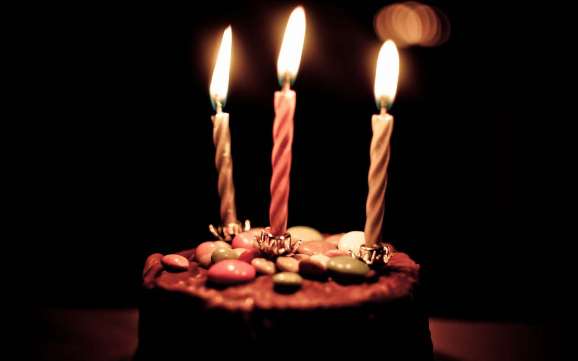 birthday hd ; chocolate_birthday_cake_and_candles_hd