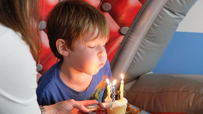 birthday message for a child with autism ; birthday-message-for-a-child-with-autism-birthday-feature