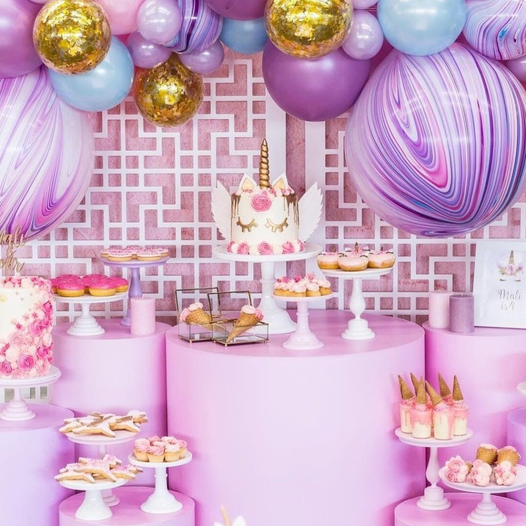 birthday party themes ; Unicorn-1024x1024