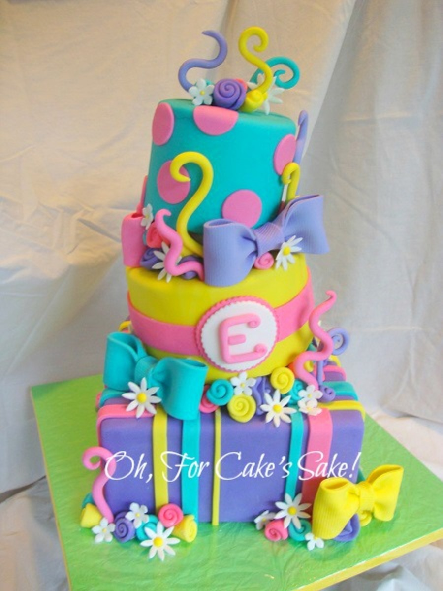 bright colored birthday cakes ; 900_9301066dYt_bright-amp-colorful-birthday-cake