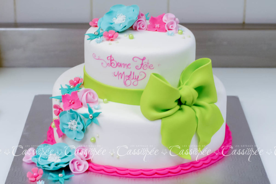 colorful birthday cakes for girls ; 900_752250TaI2_colorful-birthday-cake-for-a-little-girl
