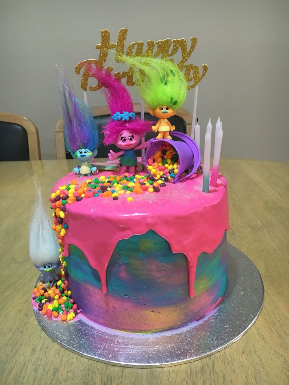 colorful birthday cakes for girls ; a1d72204a78d011f3bfe8b971d275e4c