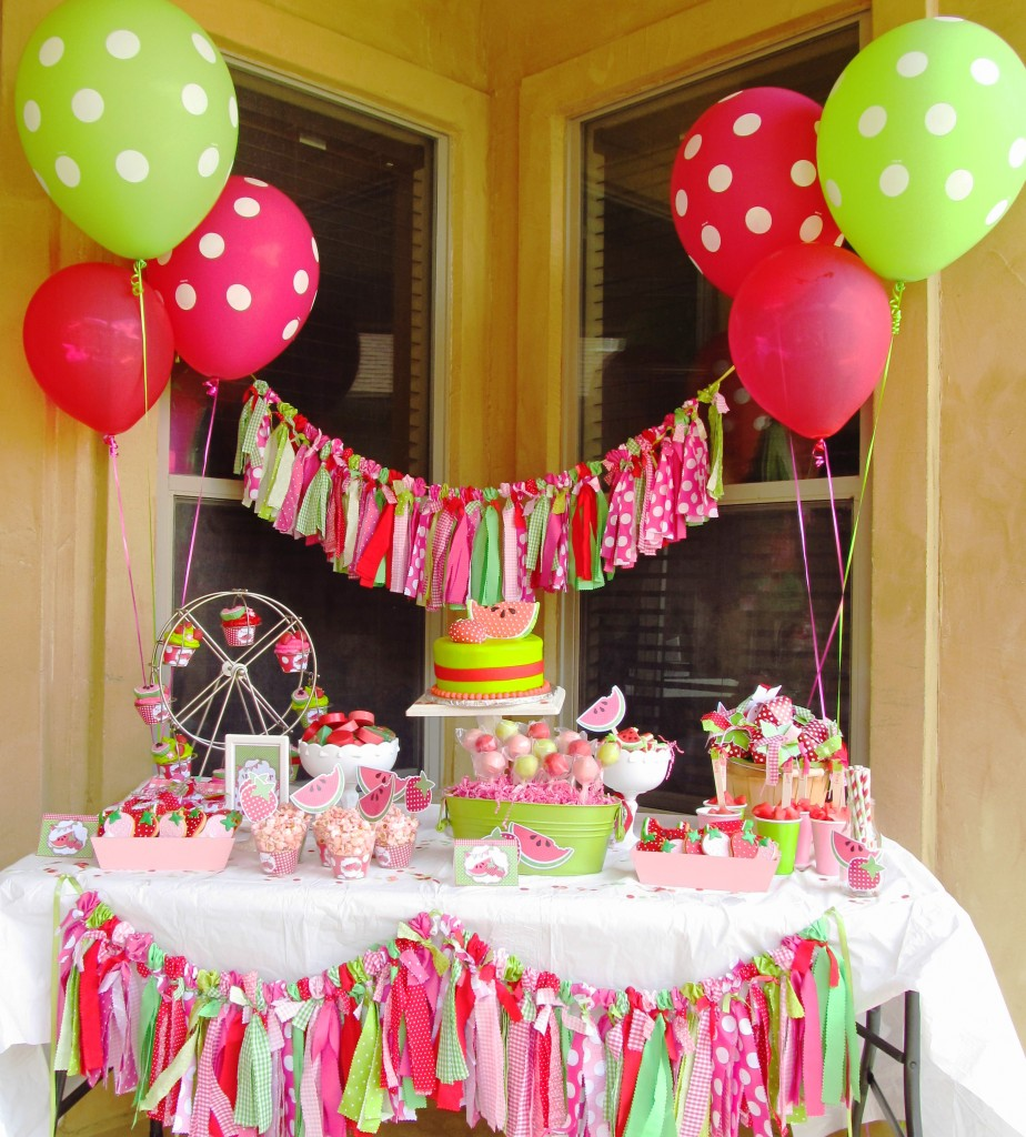 decoration themes for birthday parties ; Girls-Party-Ideas-44
