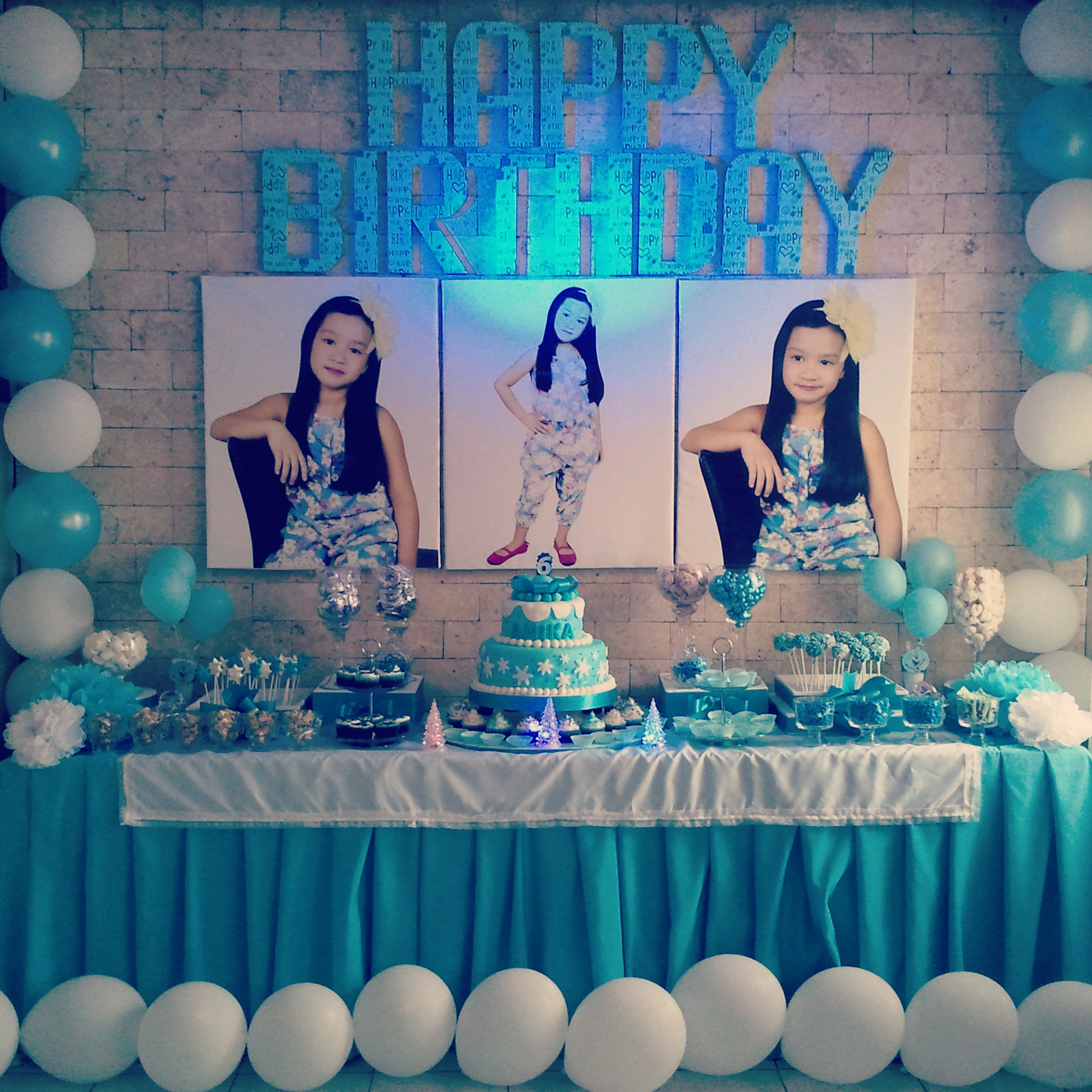 frozen birthday party banner ; img_20150823_215000