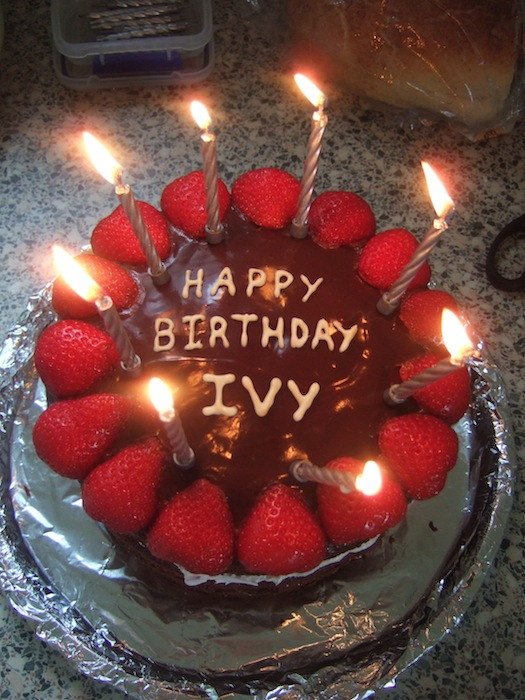 happy birthday ivy ; dscf6256
