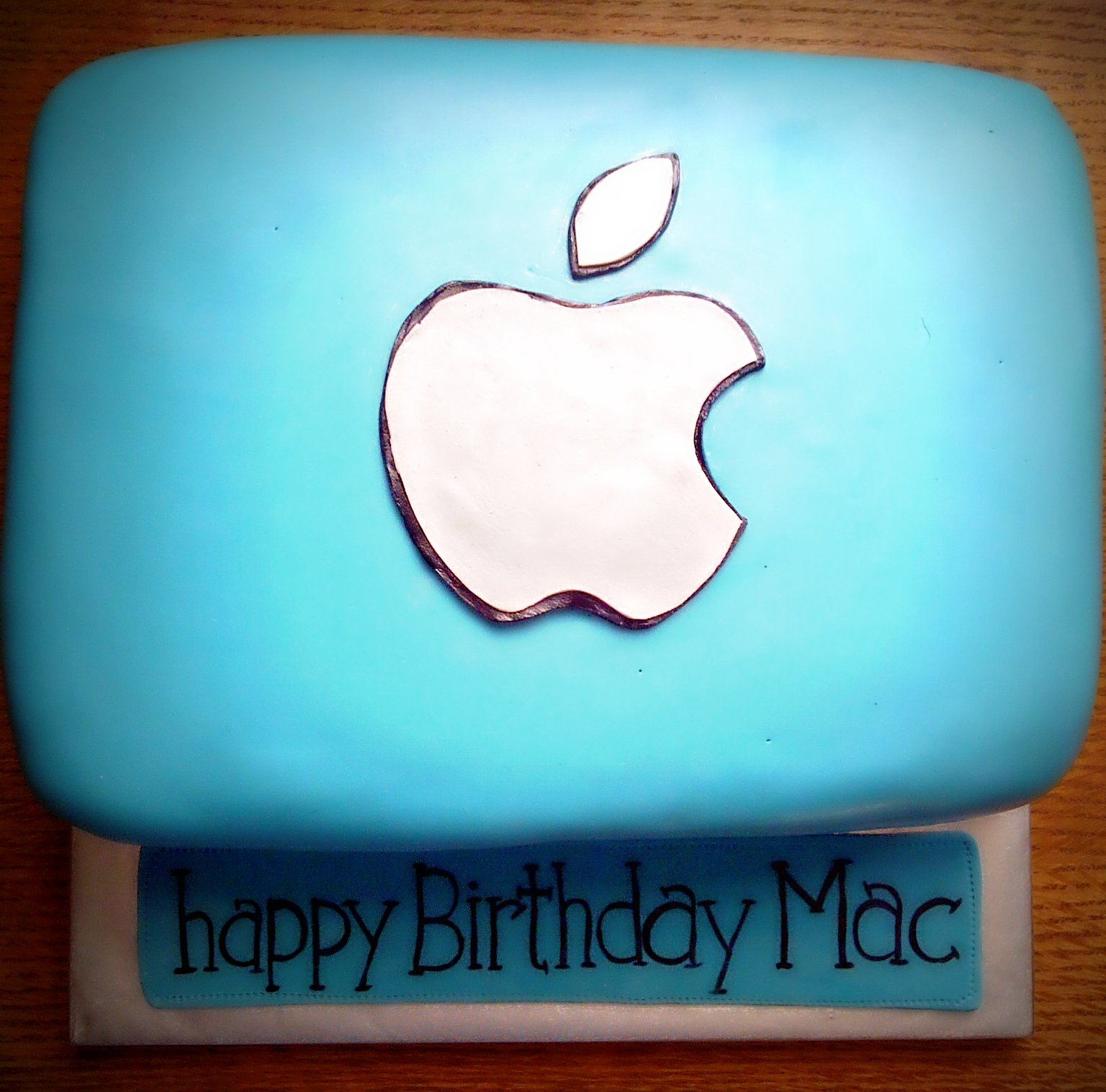 happy birthday mac ; img-20120226-01909