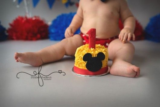 mickey mouse first birthday picture ideas ; c09a60d3bc31655dc04f2a483a1bd60e