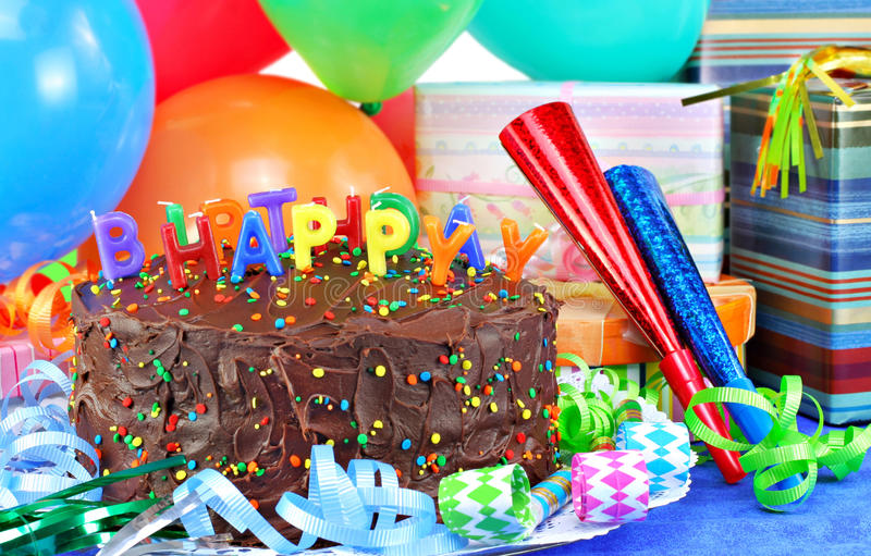 picture of birthday cake and balloons ; happy-birthday-cake-balloons-14278394